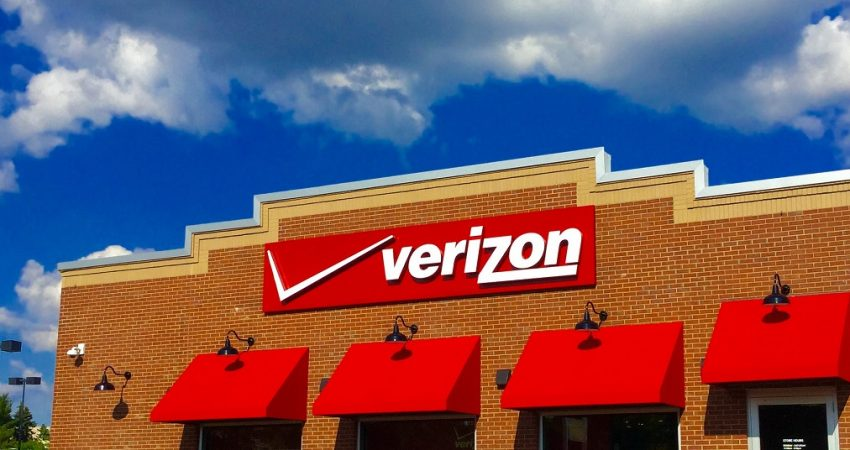 Verizon Acquires Straight Path