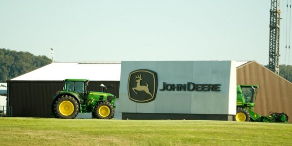 Deere Acquires Construction Equipment Company to Combat Falling Sales