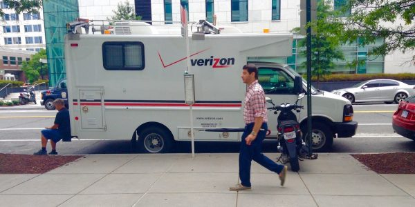 Summer Blockbuster Deals – Verizon Netflix Execute Acquisitions