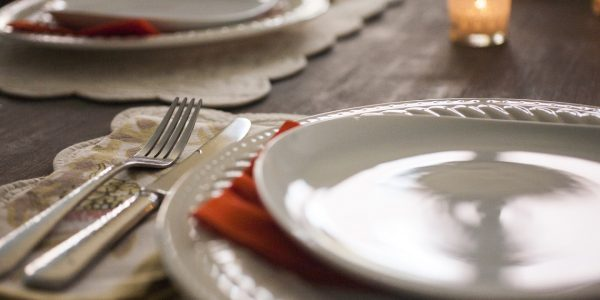 2 Topics to Avoid at the Thanksgiving and the Deal Table